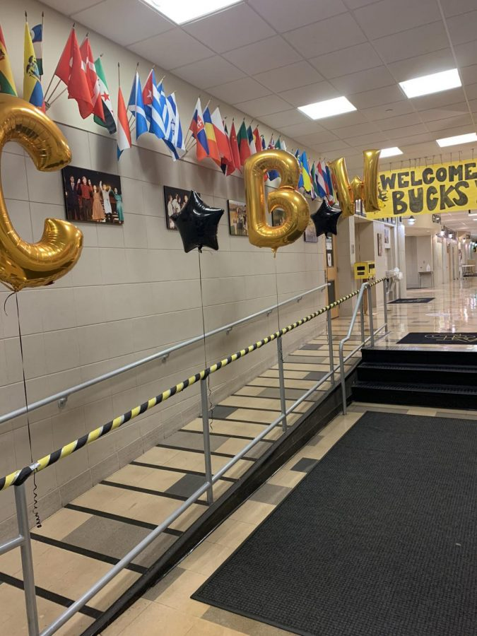 Students are Welcomed into school for Hybrid Classes with decorations from the CB West Faculty