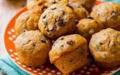Court Street Cooking Corner: Chocolate Chip Pumpkin Muffins